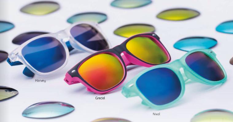Gafas, gran variedad de colores y diseños
